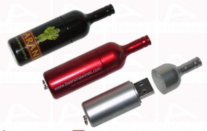 Custom usb key bottle
