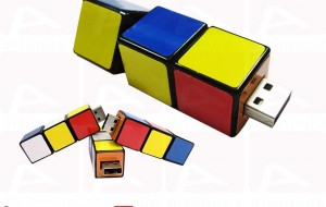 Custom Rubik's cube usb key
