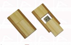 Custom light wood usb key